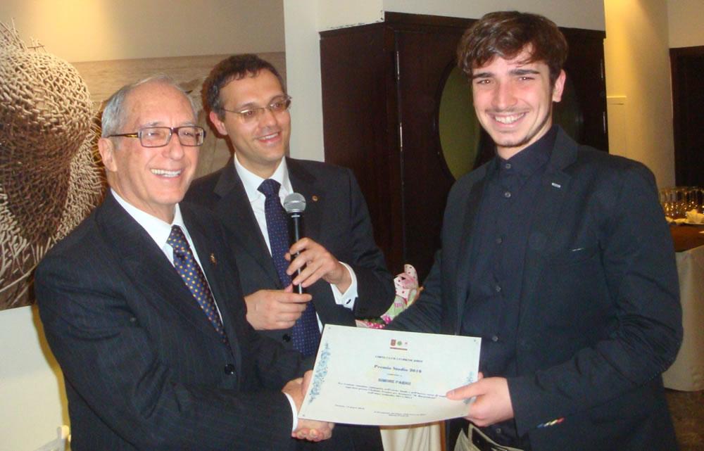 Da sinistra: Governatore del Distretto Lions 108 LA (Toscana) Carlo Bianucci - Past President Lions Club Livorno Host Gianluca Giovannini - Simone Parigi